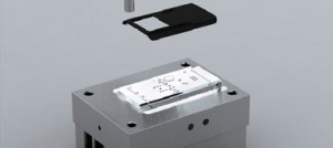 نمونه ای از قالب تزریق گوشی تلفن همراه که با نرم افزار های طراحی قالب رندر شده است