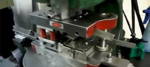 عملیات خم کردن درقالب فلزی