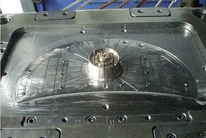 300px-Beryllium-copper_mold
